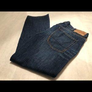 IZOD Men's Straight Fit Jeans Size 38 x 30